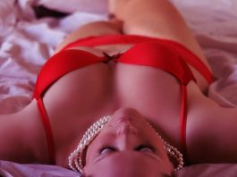 Connaught Place escort girl